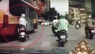 """""""Ninja"""" Việt Nam chạm trán hung thần đường phố"""