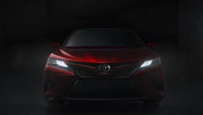 Toyota giới thiệu mẫu Camry 2018 tại Mỹ