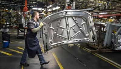 General Motors đầu tư 1 tỷ đô để sản xuất ô tô tại Mỹ