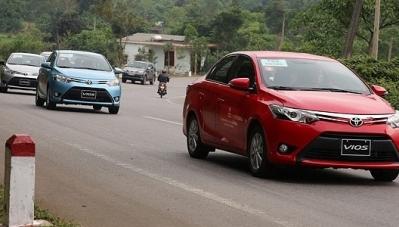 Toyota độc chiếm Top 3 xe bán chạy nhất Việt Nam
