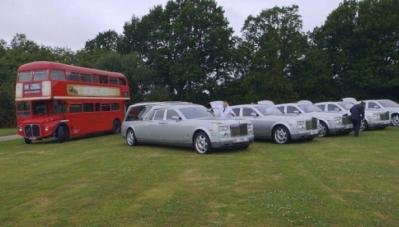 Choáng ngợp trước dàn xe tang Limousine, Rolls Royce tiền tỷ