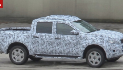 Xe bán tải của Mercedes-Benz tiếp tục bị lộ