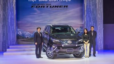 Vì sao Honda và Toyota tạm ngưng nhập khẩu ô tô về Việt Nam?