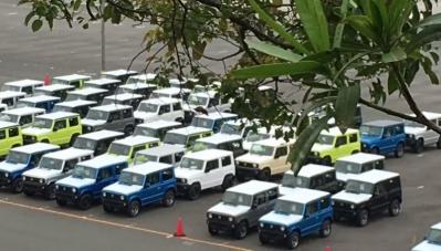 SUV địa hình Suzuki giá rẻ sẵn sàng tới đại lý