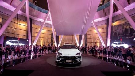 Lamborghini Urus chính thức ra mắt tại châu Á