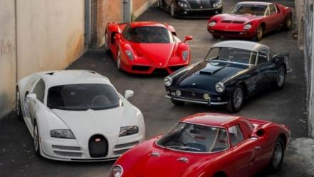 Choáng ngợp với dàn siêu xe cổ trị giá hơn 65 triệu USD