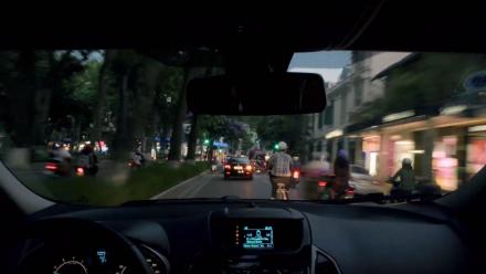 Bản hòa âm độc đáo từ âm thanh đường phố và tiếng xe cộ