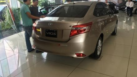 Sau Tết, giá xe Toyota tiếp tục được ưu đãi