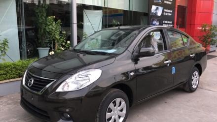 Tăng giá bán liên tiếp, Nissan Sunny vẫn đạt doanh số kỷ lục