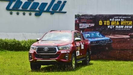 Trải nghiệm Toyota Hilux mới tại giải đua địa hình lớn nhất Việt Nam