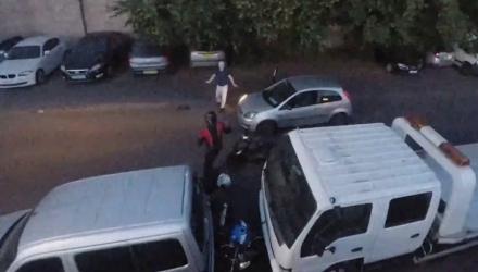 Video: Tài xế dũng cảm chặng đứng vụ trộm xe máy