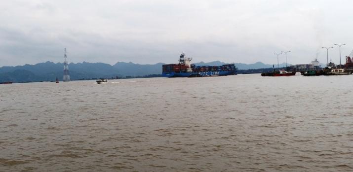 Nạo vét luồng hàng hải Hải Phòng thiếu chỗ đổ phế thải