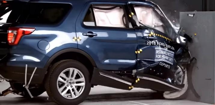 Video: Ford Explorer 2018 bị đánh giá kém an toàn