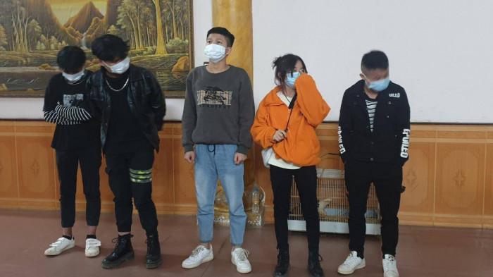 Lạng Sơn: Tạm giữ tài xế chở 5 người Trung Quốc vượt biên trái phép