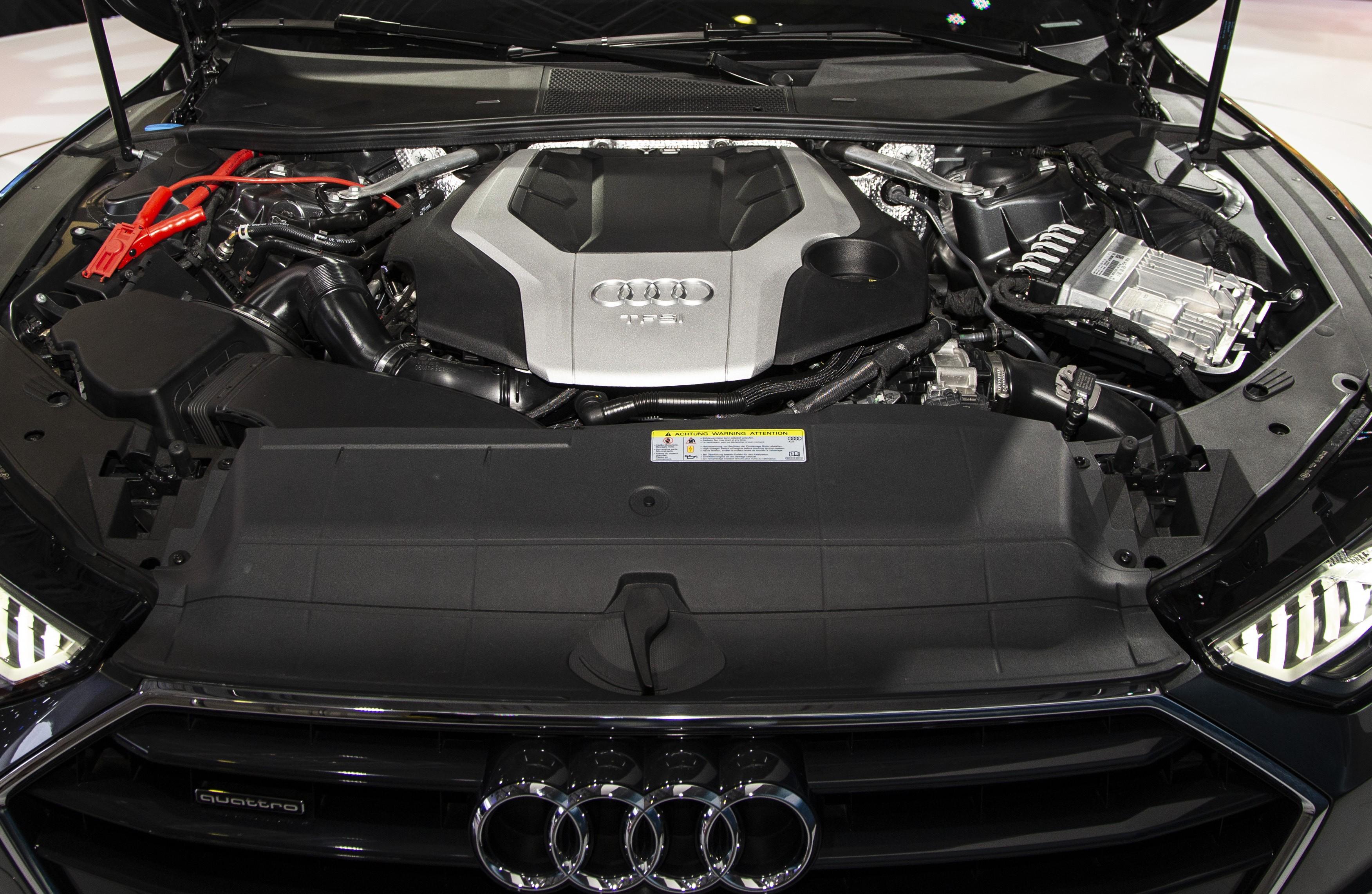 A7 Sportback được trang bị động cơ tăng áp TFSI V6 3.0L, cho công suất 340 mã lực