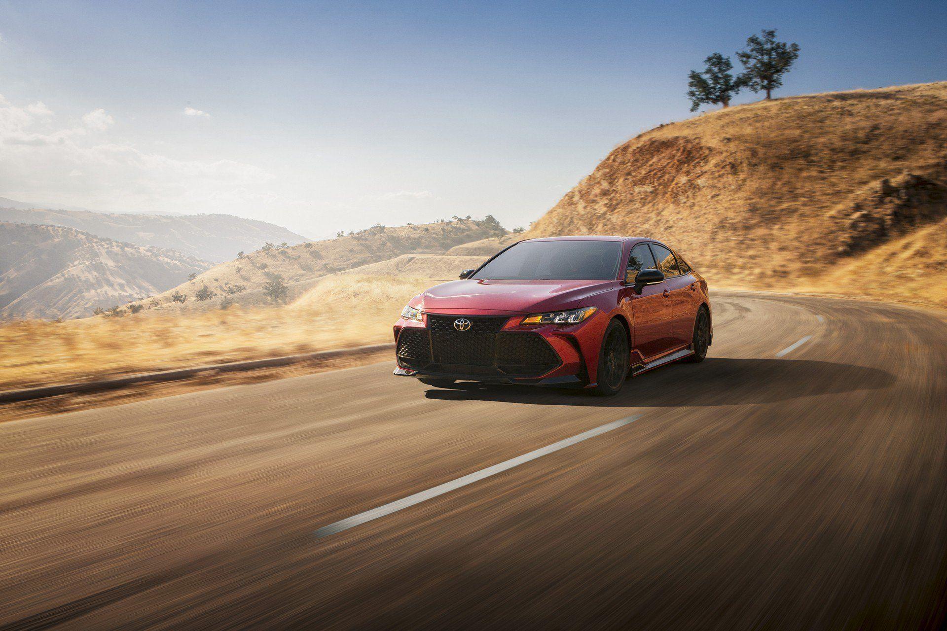 Toyota Avalon lột xác hoàn toàn với gói độ TRD