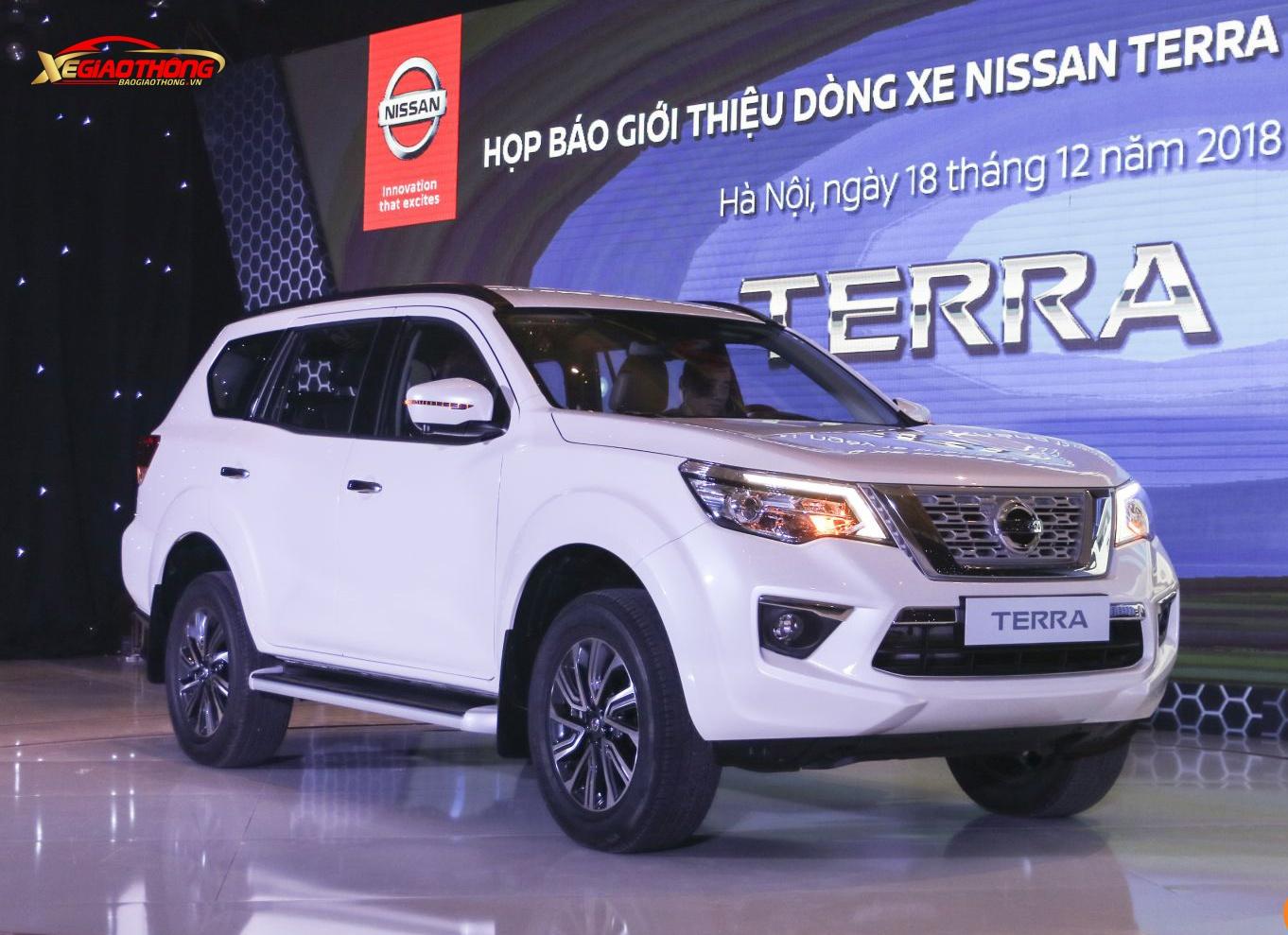 Terra chính thức được Nissan Việt Nam giới thiệu ra thị trường