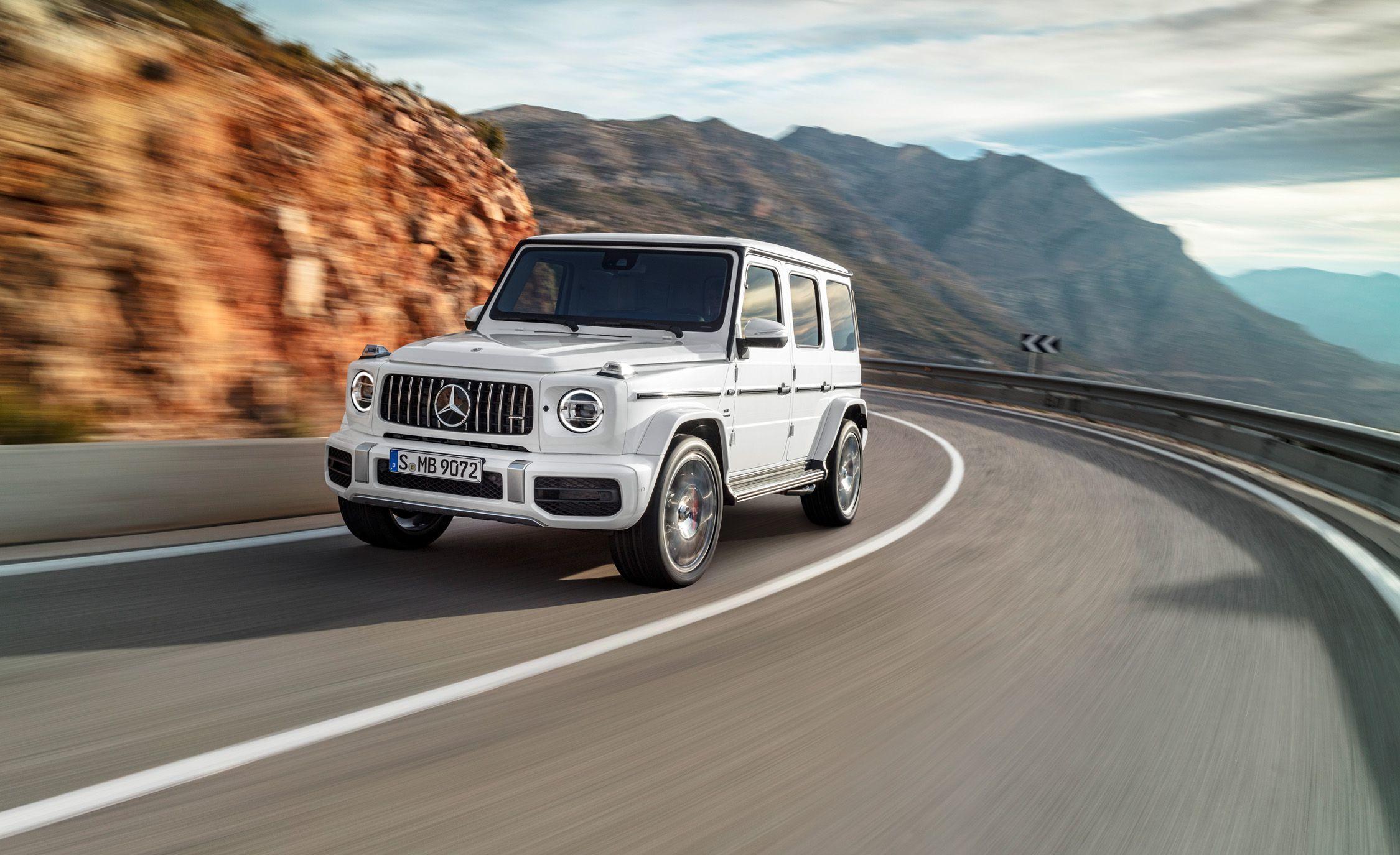 """Minh """"nhựa"""" (doanh nhân Phạm Trần Nhật Minh, Công ty Nhựa Long Thành) tiếp tục gây choáng cho cộng đồng mạng khi tiết lộ đang đặt mua chính hãng chiếc Mercedes-AMG G63 Edition 1"""
