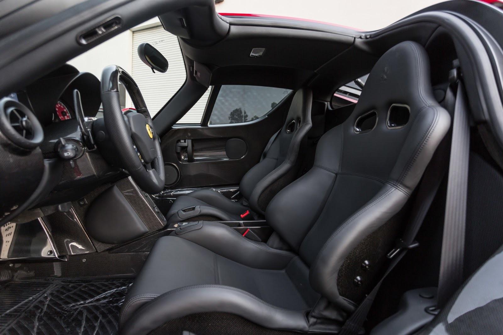 Nhờ đó, Ferrari Enzo có thể tăng tốc từ 0-96 km/h trong 3,14 giây trước khi đạt vận tốc tối đa 363 km/h