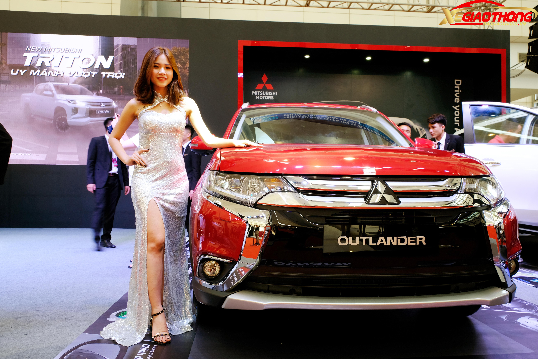 Bên cạnh VinFast, Mitsubishi Motors Việt Nam cũng tham dự Vietnam AutoExpo 2019 và mang tới dàn mẫu xinh đẹp