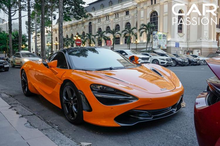 McLaren 720S thuộc dòng sản phẩm Super Series của hãng xe Anh Quốc, ra đời để thay thế cho chiếc 650S vốn dĩ được rất nhiều người chơi xe yêu mến tại Việt Nam
