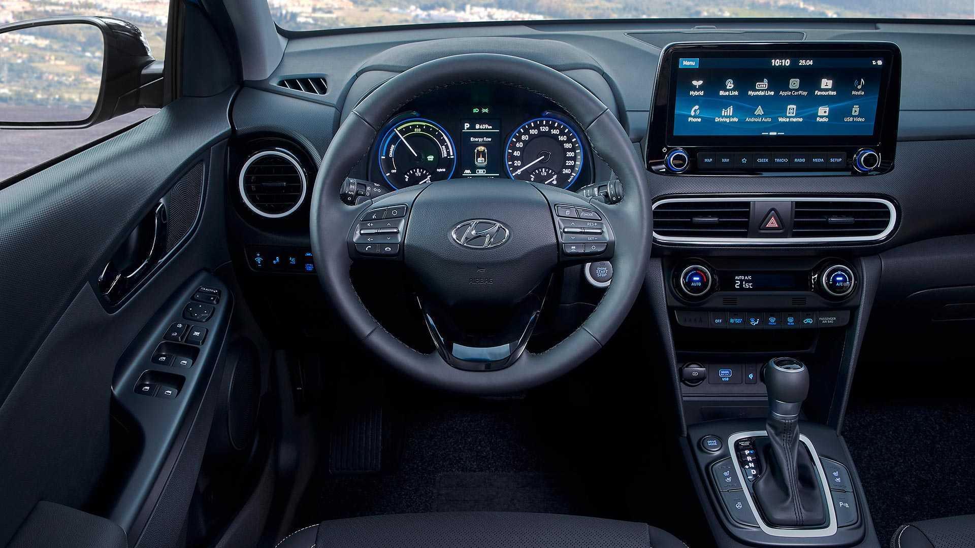 Cả hệ thống động cơ sản sinh 140 mã lực và mô-men xoắn 264 Nm. Chiếc xe này có thể đạt tốc độ từ 0 - 100km/h trong vòng 1112 giây và tốc độ tối đa là gần 160 km/h