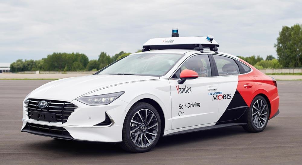 Hyundai phối hợp cùng Yandex.taxi ra mắt rô-bốt taxi đầu tiên tại Nga