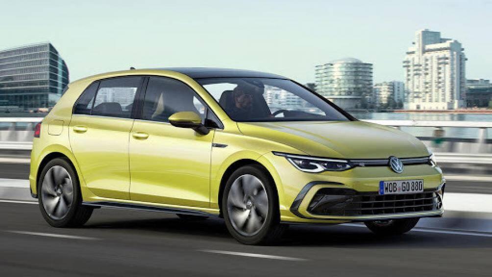 6. Volkswagen Golf R (thời gian tăng tốc từ 0-100 km/h: 5 giây)