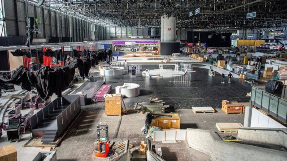 Nhiếp ảnh gia George Williams đã ghi lại những hình ảnh hoang vắng của sự kiện Geneva Motor Show 2020 đã bị hủy vào ngày 3/3 vừa qua
