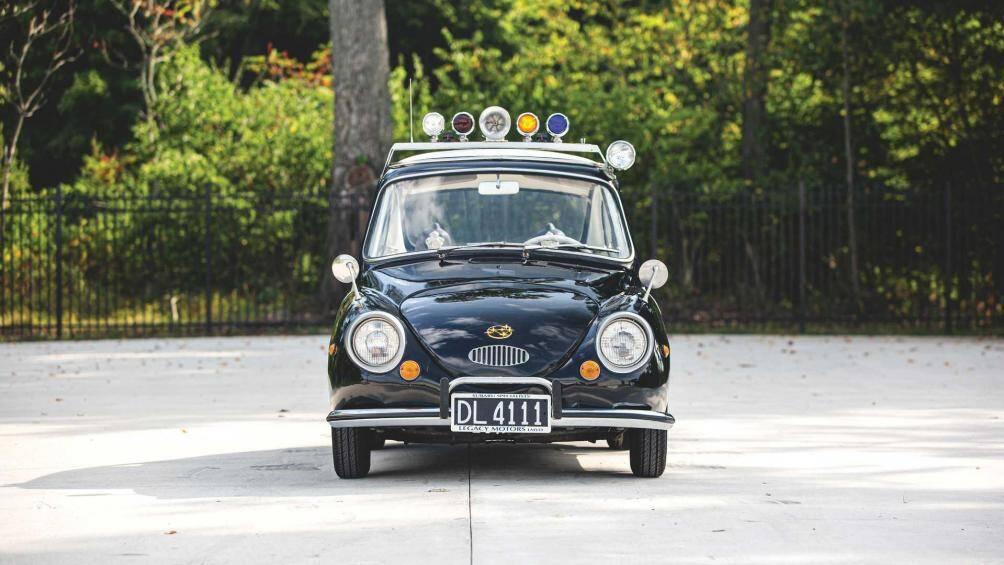 Subaru 360 bắt đầu được sản xuất vào năm 1958, xe chỉ có trọng lượng 453 kg