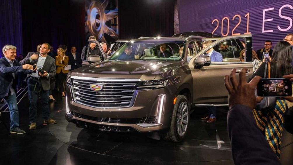Theo đó, giá xe Cadillac Escalade 2021 tại Mỹ sẽ có giá từ 76.195 USD (khoảng 1,78 tỷ đồng)