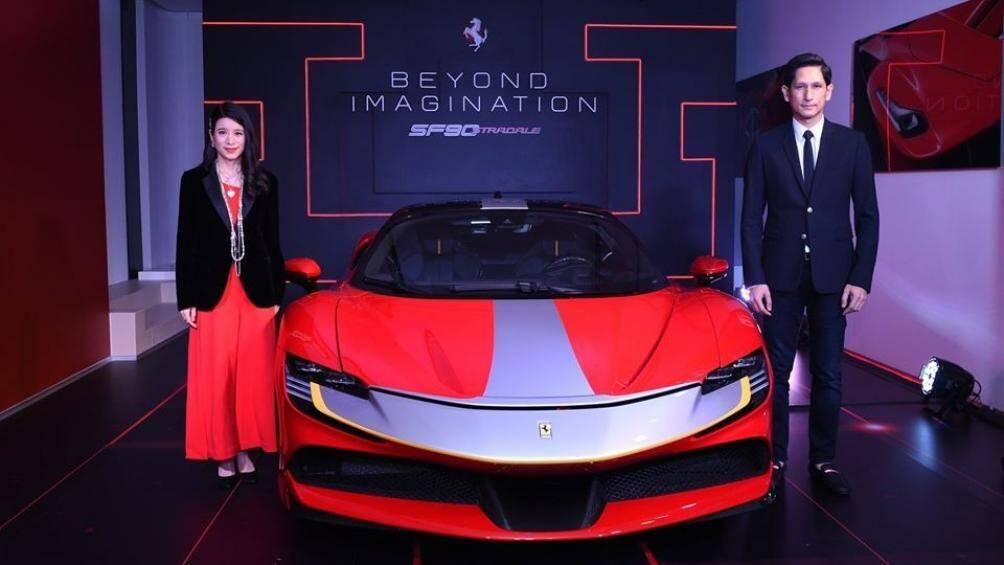 Siêu phẩm Ferrari SF90 Stradale ra mắt Thái Lan được trang bị động cơ xăng V8, tăng áp, dung tích 4.0 lít, sản sinh công suất tối đa 769 mã lực