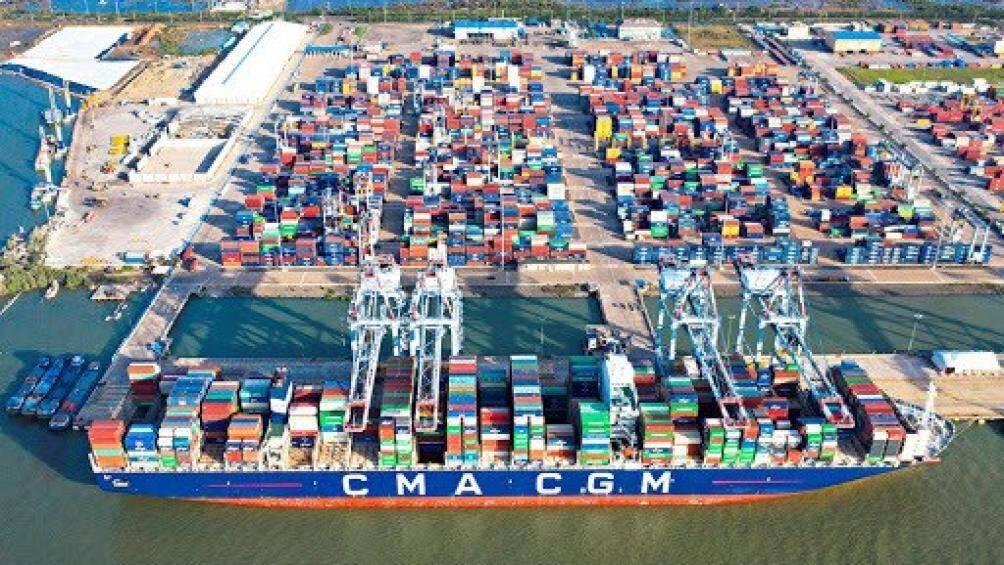 Hàng qua cảng biển Vũng Tàu tăng mạnh bất chấp dịch Covid-19