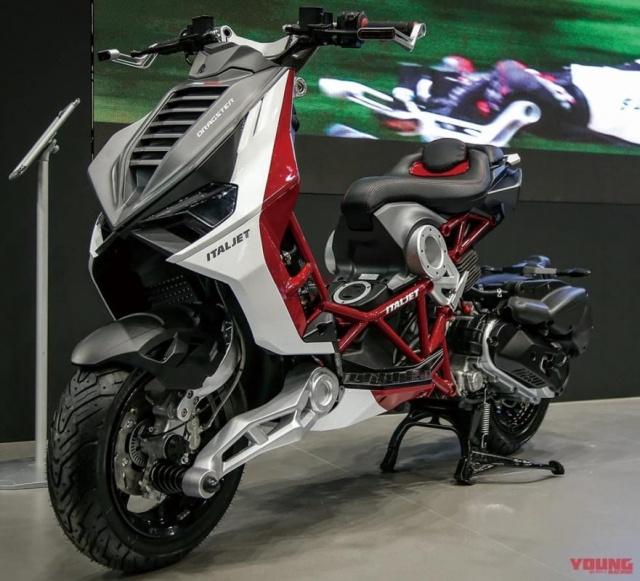 Mẫu xe tay ga - Itajet Dragster mang kiểu dáng thiết kế như rô-bốt biến hình của Ý sẽ được ra mắt tại Nhật Bản tháng 9 tới đây