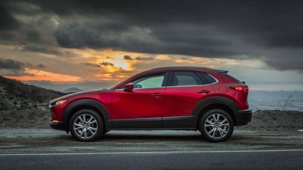 CX-30 là dòng xe gầm cao cỡ nhỏ của Mazda, ra mắt lần đầu tại triển lãm Geneva Motor Show 2019. CX-30 dựa trên nền tảng của chiếc sedan Mazda 3