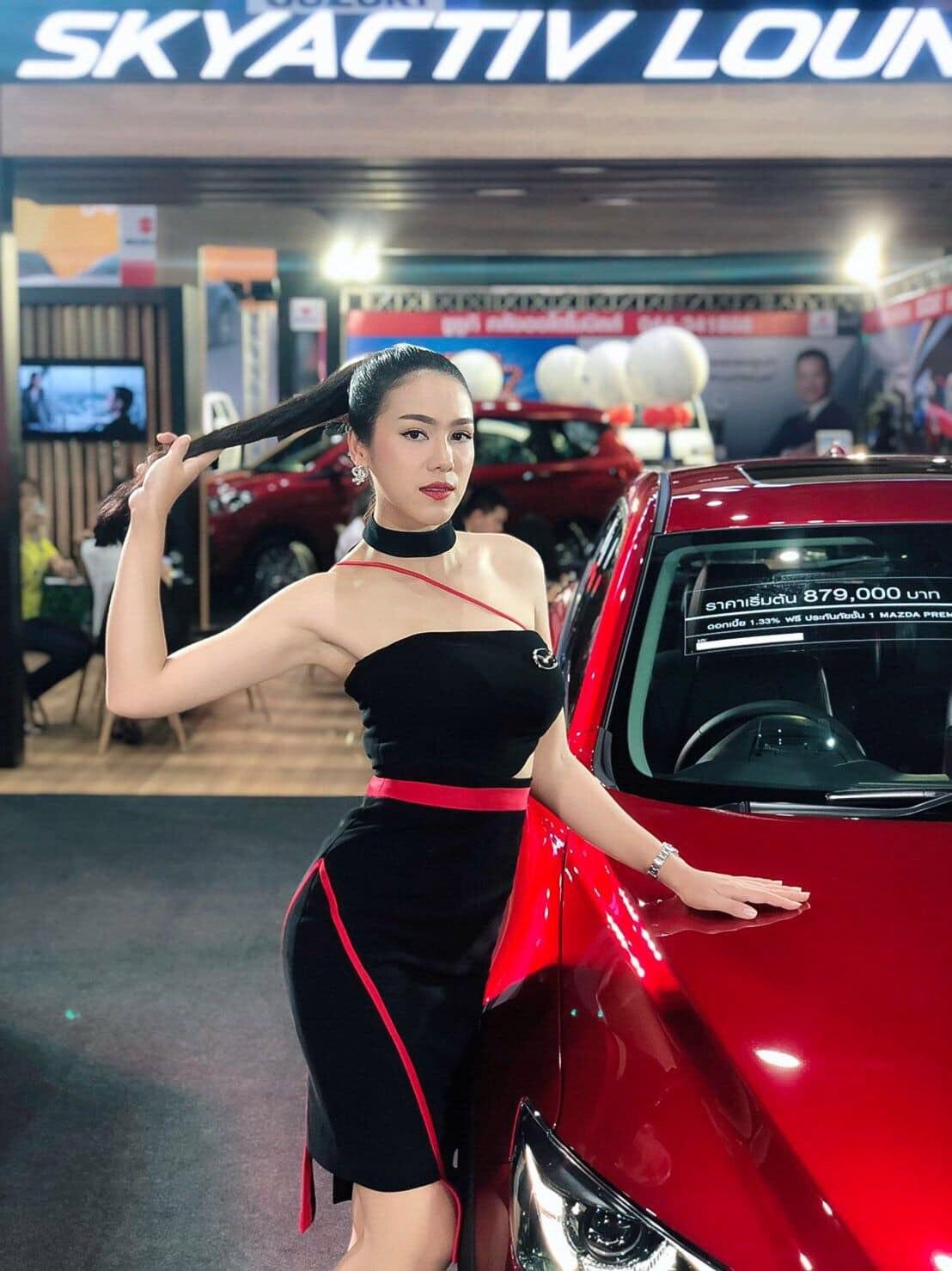 Janjiravadee Thamatkeng là một người mẫu xe nổi tiếng tại Thái Lan