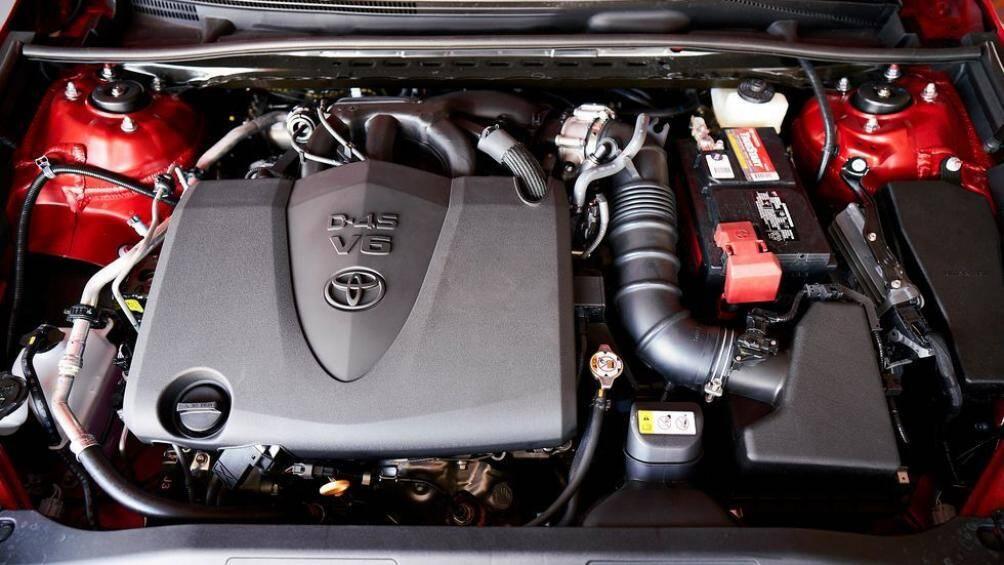 Sẽ có 3 tùy chọn động cơ cho Toyota Camry 2021 tại Mỹ: 2.5L, 3.5L và Hybrid