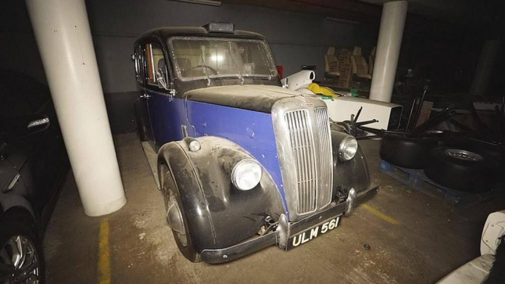 Đại diện của Bristol Cars chia sẻ rằng, những chiếc xe bị bỏ hoang tại bãi đỗ xe chẳng khác nào một đống sắt vụn