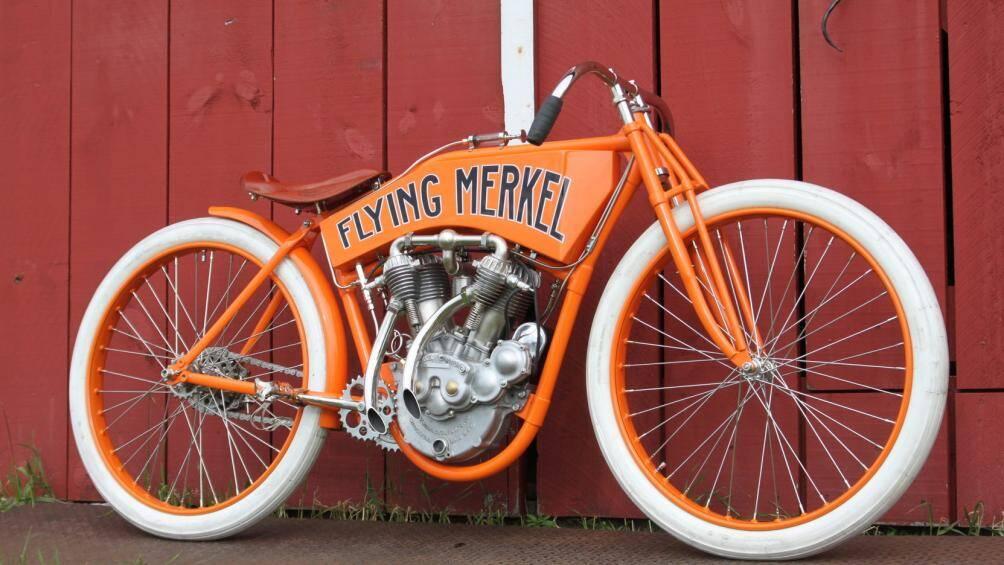 Flying Merkel Board Tracker 1911 cũng là một nhãn hiệu mô tô huyền thoại và nó có giá bán lên đến 385.000 USD
