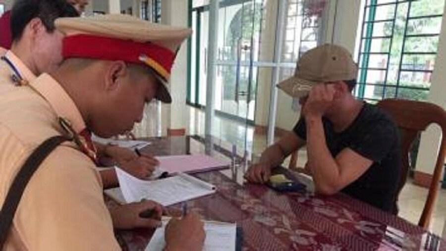 Một trong những tài xế đã bị lực lượng CSGT Quảng Trị phát hiện dương tính với ma túy trong năm 2019