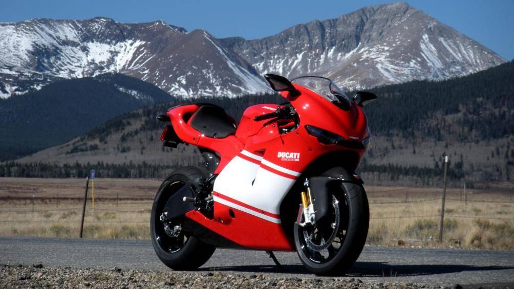 1. Ducati Desmosedici RR