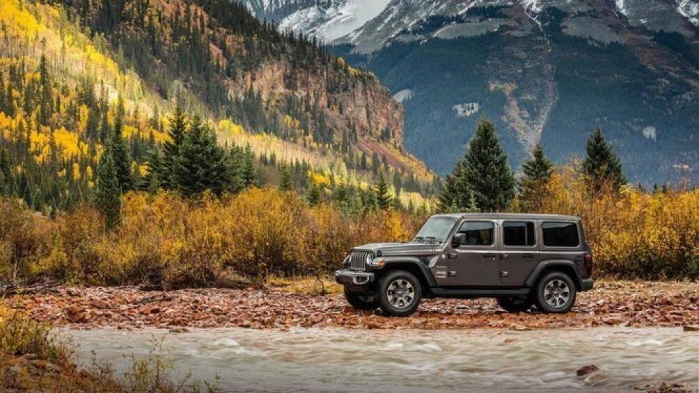 2. Jeep Wrangler: Jeep Wrangler được định giá sau 5 năm nữa ở mức 30.347 USD (khoảng 704 triệu đồng), mất đi chỉ 29% giá trị