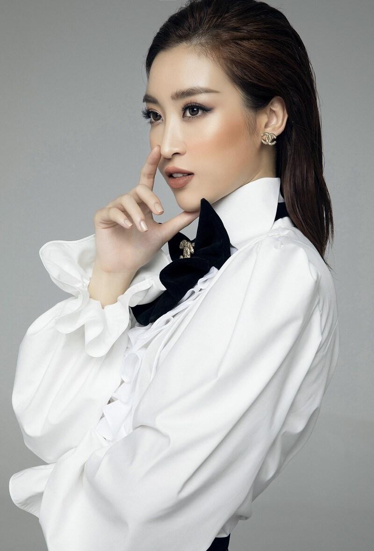 Mới đây, bộ ba hoa hậu gồm Đỗ Mỹ Linh, Lương Thùy Linh và Trần Tiểu Vy đã khoe những hình ảnh mới nhất với phong cách menswear cá tính.