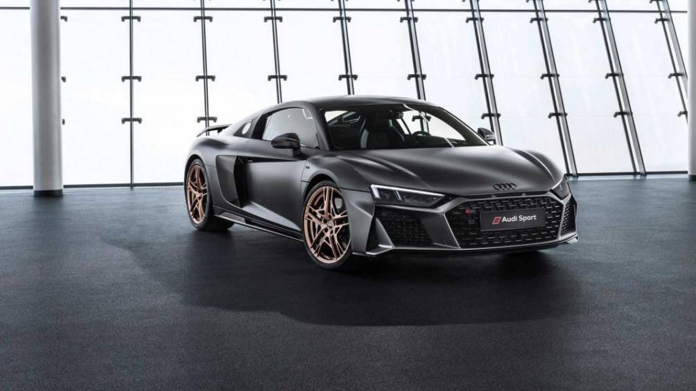 1. Audi R8 V10 Decennium (tốc độ tối đa 331 km/h)