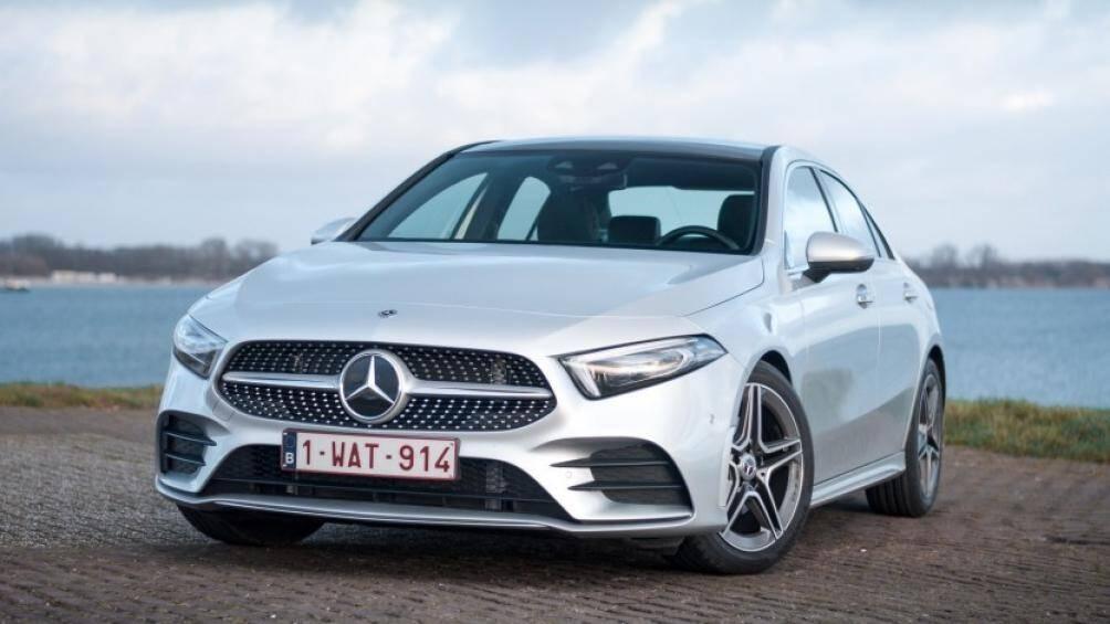 Tại Thái Lan, Mercedes-Benz A-Class sedan sẽ được lắp ráp và phân phối hai phiên bản A200 với giá bán dễ tiếp cận với người dùng