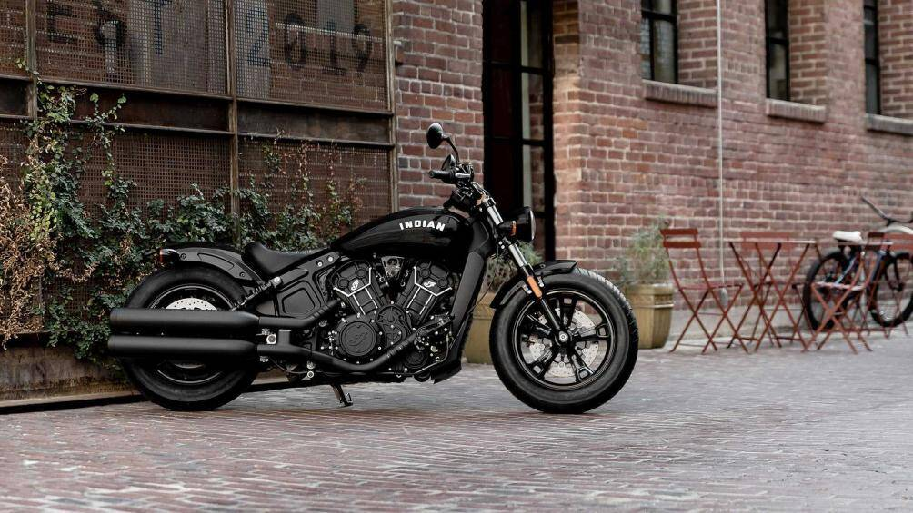 1. Indian Scout Sixty (giá: 8.999 USD)