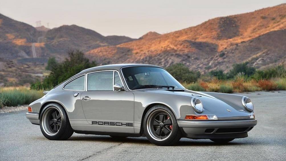 """Porsche 911 và bộ mâm xe """"Fuchs wheel"""" được làm bằng nhôm đúc nguyên khối đầu tiên trên thế giới"""
