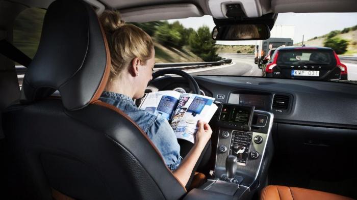 Vì sao rất ít người đọc sách hướng dẫn sử dụng ô tô trước lần đầu lái xe? 2