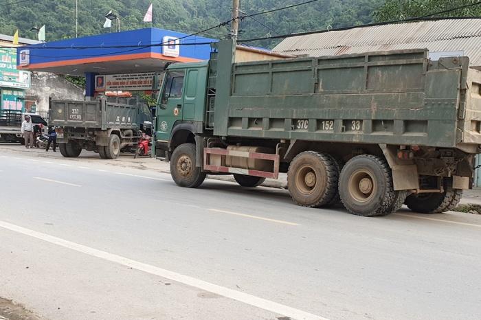 Nghệ An: Xe cơi nới thùng đổ dồn về miền núi, CSGT làm ngơ? 2