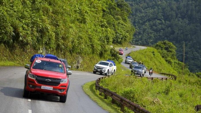 Sai lầm thường gặp của các tài xế khi lái xe lên dốc 3